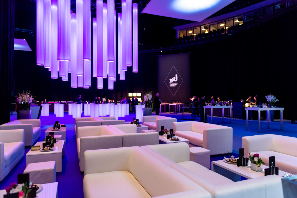 Event Mobiliar Mieten Lounge Catering crew